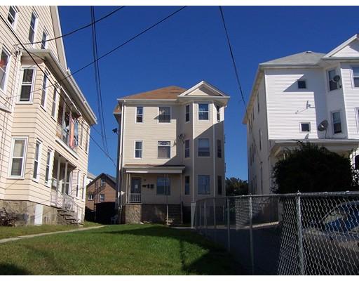 多户住宅 为 销售 在 428 County Street Fall River, 02723 美国