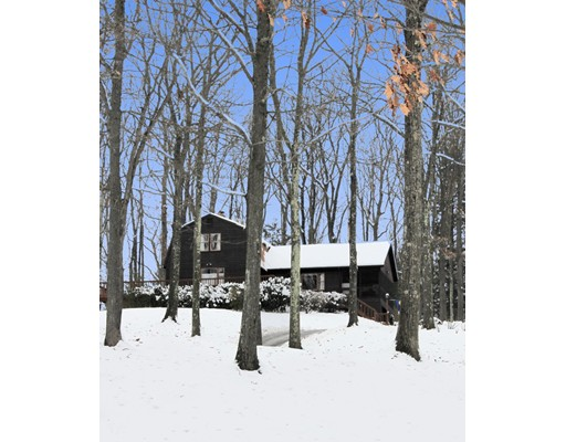Single Family Home for Sale at 147 West Gill Road Gill, Massachusetts 01354 United States