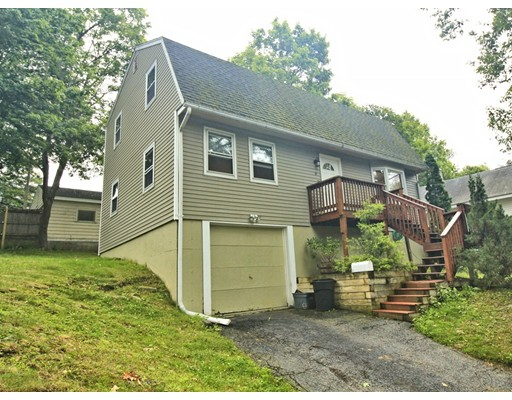 Single Family Home for Rent at 31 Iowa Street Worcester, 01602 United States