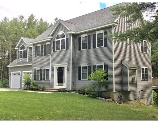 Single Family Home for Sale at 22 Autumn Lane Bolton, Massachusetts 01740 United States