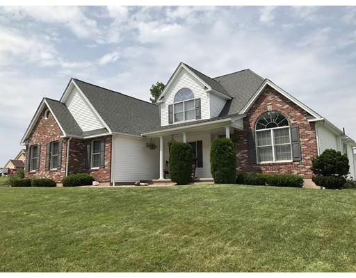 Частный односемейный дом для того Продажа на 120 Anvil Street Agawam, Массачусетс 01030 Соединенные Штаты