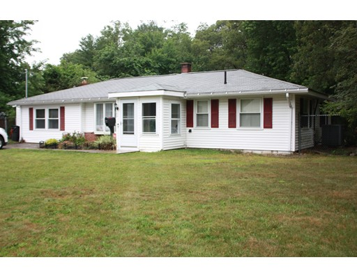 Single Family Home for Sale at 122 Royal Road Brockton, Massachusetts 02302 United States