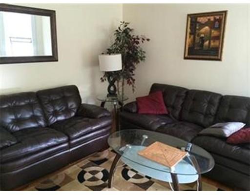 Casa Unifamiliar por un Alquiler en 370 Chestnut Hill Avenue Boston, Massachusetts 02135 Estados Unidos