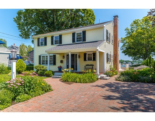 Single Family Home for Sale at 64 Gregory Street Marblehead, Massachusetts 01945 United States