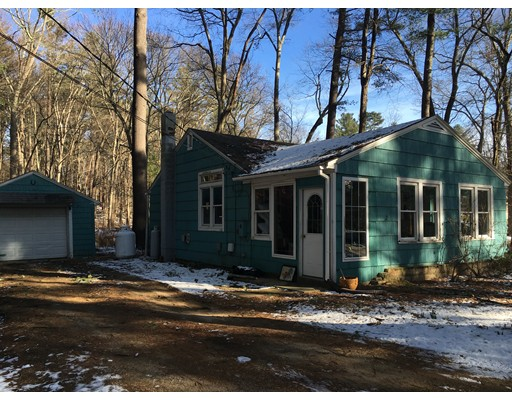 Single Family Home for Sale at 2 Weeks Lane 2 Weeks Lane Killingly, Connecticut 06241 United States