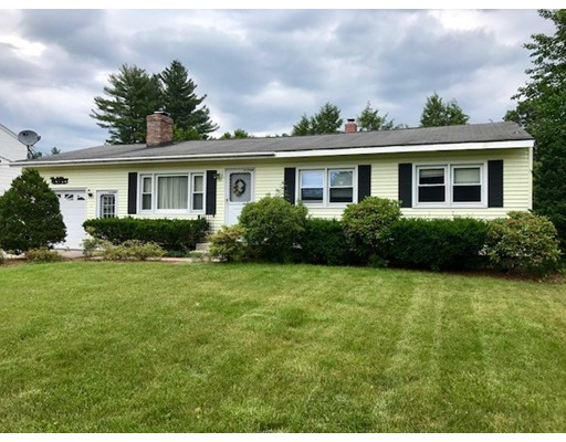 独户住宅 为 销售 在 10 Kerry Lane 10 Kerry Lane Nashua, 新罕布什尔州 03062 美国