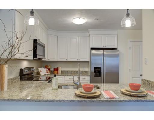 شقة للـ Rent في 3 Evergreen Drive #3 3 Evergreen Drive #3 Middleboro, Massachusetts 02346 United States