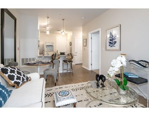 独户住宅 为 出租 在 375 ACORN PARK DRIVE 贝尔蒙, 马萨诸塞州 02478 美国
