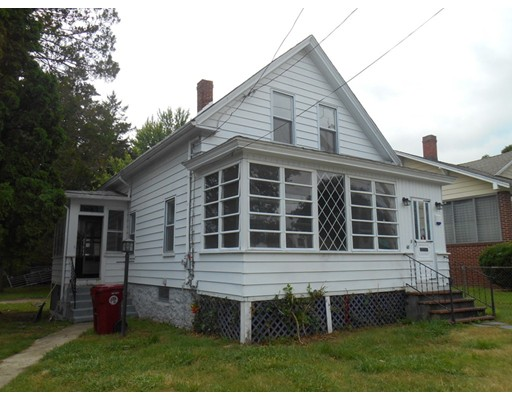 68 Essex St, Lowell, MA 01850