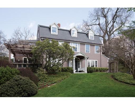 Maison unifamiliale pour l Vente à 65 Suffolk Road 65 Suffolk Road Newton, Massachusetts 02467 États-Unis