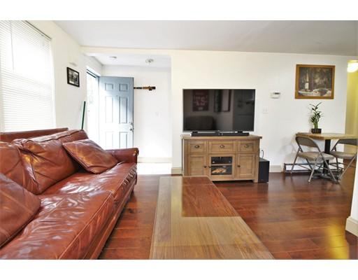 独户住宅 为 出租 在 123 Willow Street 坎布里奇, 马萨诸塞州 02141 美国