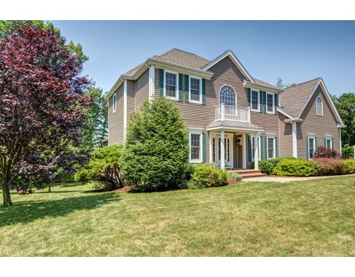 Single Family Home for Sale at 45 Autumn Circle Holden, Massachusetts 01520 United States
