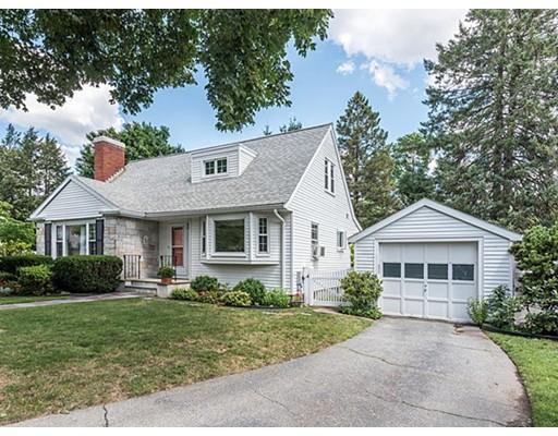 Casa Unifamiliar por un Venta en 39 Woods Road Belmont, Massachusetts 02478 Estados Unidos