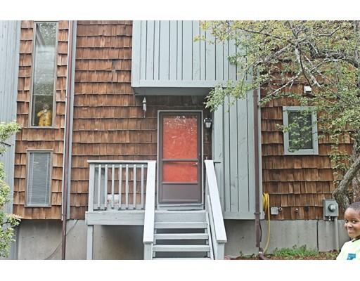 共管式独立产权公寓 为 销售 在 3 Meadowbrook Lane Palmer, 马萨诸塞州 01069 美国