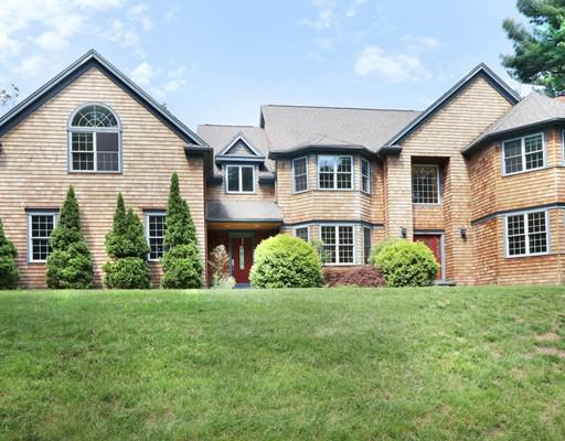 Casa Unifamiliar por un Alquiler en 137 Lexington Road 137 Lexington Road Lincoln, Massachusetts 01773 Estados Unidos