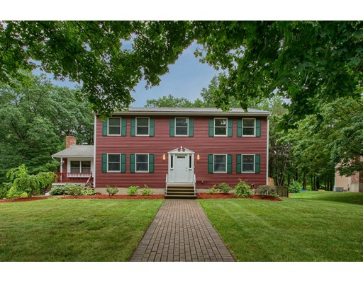 Single Family Home for Sale at 11 Patch's Pond Lane Wilmington, Massachusetts 01887 United States