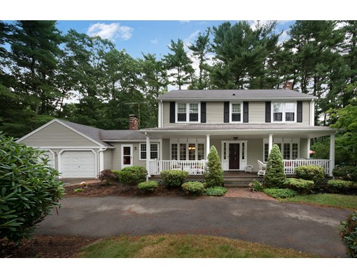 Single Family Home for Sale at 16 Edgewater Drive 16 Edgewater Drive Pembroke, Massachusetts 02359 United States
