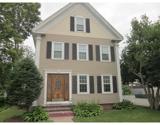 Apartment for Rent at 711 Washington St. #3 Abington, Massachusetts 02351 United States