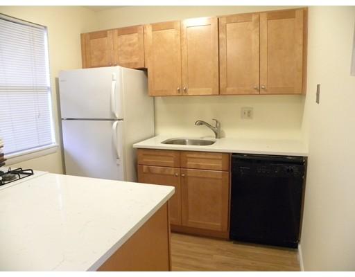 Casa Unifamiliar por un Alquiler en 56 Shrewsbury Green Drive Shrewsbury, Massachusetts 01545 Estados Unidos
