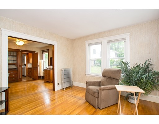 Additional photo for property listing at 5 Upland  Somerville, Massachusetts 02144 United States