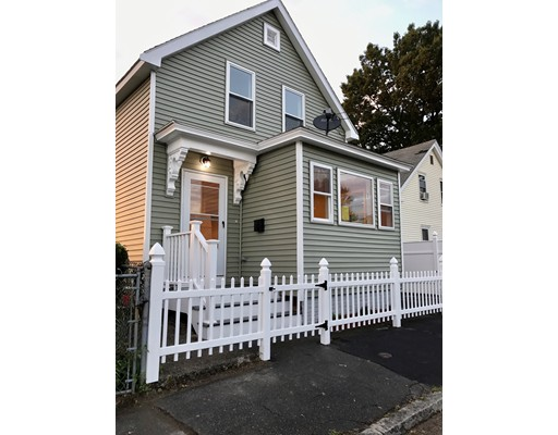 60 West St, Lowell, MA 01850