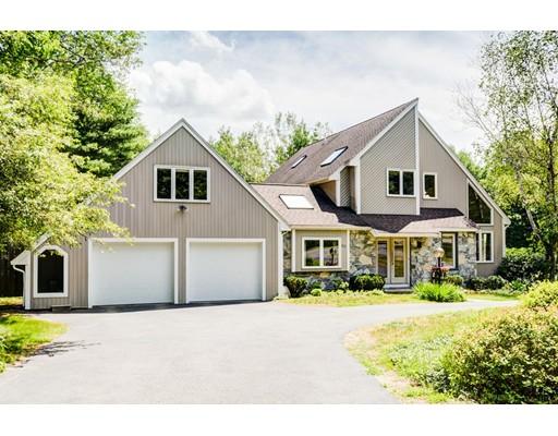 Частный односемейный дом для того Продажа на 40 Willowgate Rise Holliston, Массачусетс 01746 Соединенные Штаты