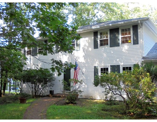 Single Family Home for Sale at 70 Bishop Road 70 Bishop Road Sharon, Massachusetts 02067 United States