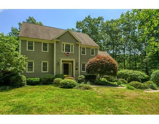 Casa Unifamiliar por un Venta en 78 Frye Road Bolton, Massachusetts 01740 Estados Unidos
