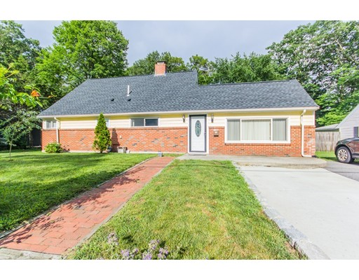 26 Curtis Rd, Natick, MA 01760