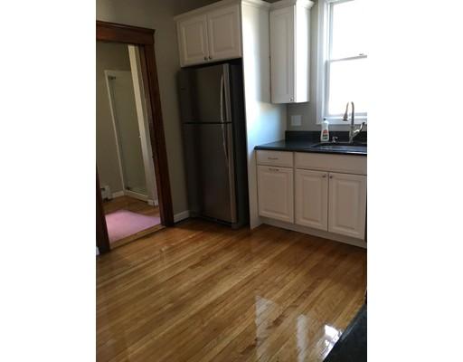 Appartement pour l à louer à 1188 Fellsway #1 1188 Fellsway #1 Malden, Massachusetts 02148 États-Unis
