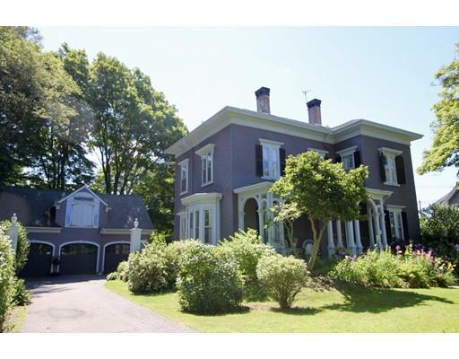 独户住宅 为 销售 在 120 S Main Street Middleboro, 02346 美国