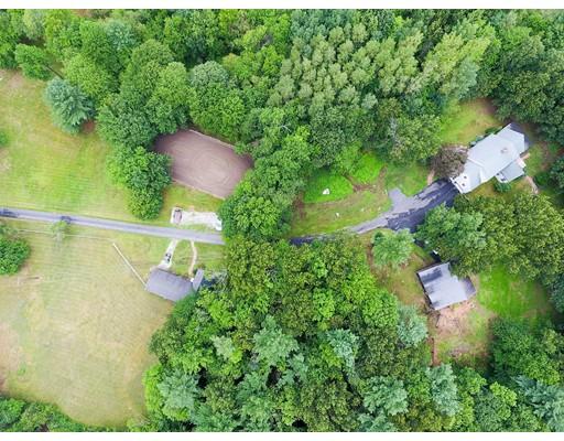 Частный односемейный дом для того Продажа на 28 Valley Street Dunstable, Массачусетс 01827 Соединенные Штаты