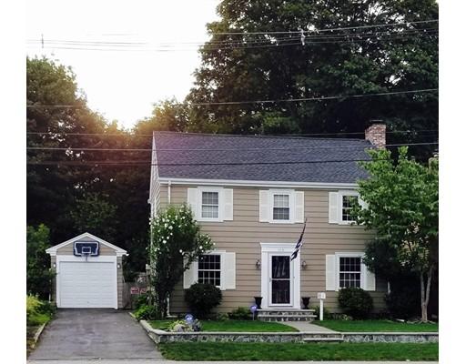 独户住宅 为 销售 在 165 Dover Avenue East Providence, 罗得岛 02914 美国