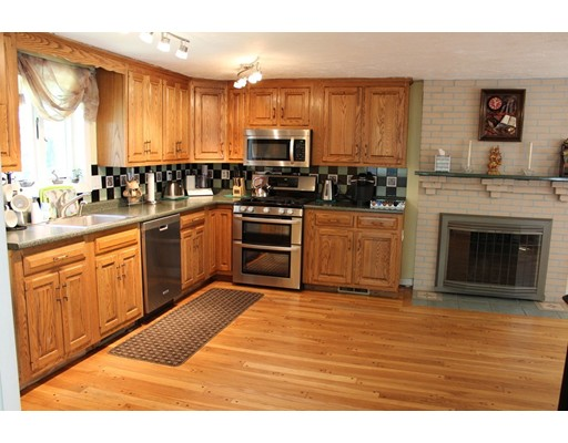 Picture 9 of 50 Acton Rd  Westford Ma 3 Bedroom Single Family