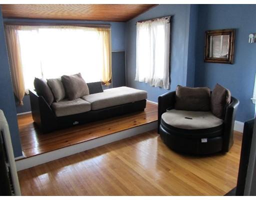 Rentals for Rent at 59 Manthorne Boston, Massachusetts 02132 United States
