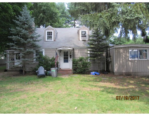 Single Family Home for Sale at 89 Asbury Street Hamilton, Massachusetts 01982 United States