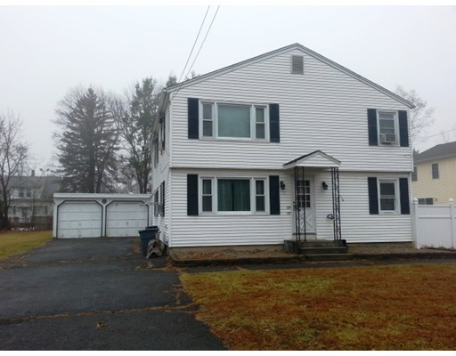 Casa Unifamiliar por un Alquiler en 27 Sunnyslope Avenue Agawam, Massachusetts 01001 Estados Unidos