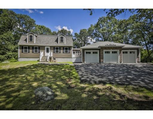 Maison unifamiliale pour l Vente à 61 Altamount Avenue Saugus, Massachusetts 01906 États-Unis
