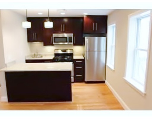 Additional photo for property listing at 100 Old Harbor Street  Boston, Massachusetts 02127 Estados Unidos