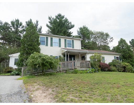 5 Myles Standish Dr, Carver, MA 02330