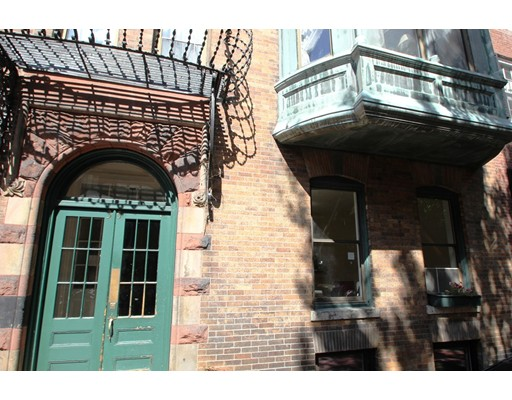 35 Revere St 1, Boston, MA 02114