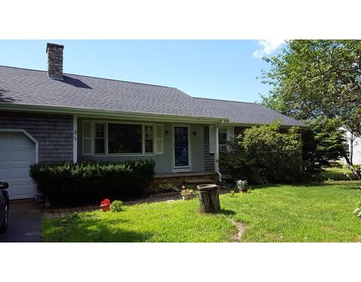 Maison unifamiliale pour l Vente à 73 Acushnet Road Mattapoisett, Massachusetts 02739 États-Unis