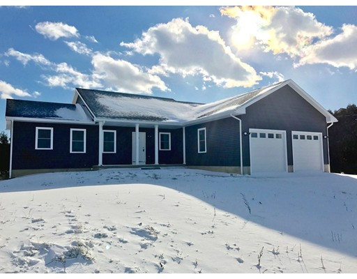 Maison unifamiliale pour l Vente à 51 Rocky Hill Road Hadley, Massachusetts 01035 États-Unis