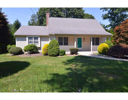 Single Family Home for Sale at 75 MAPLE LANE Bristol, Rhode Island 02809 United States