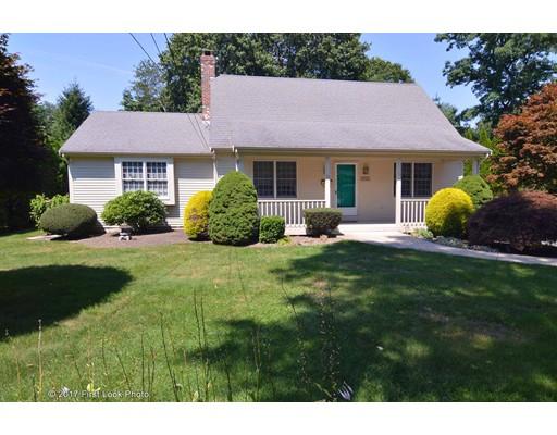 Maison unifamiliale pour l Vente à 75 MAPLE LANE 75 MAPLE LANE Bristol, Rhode Island 02809 États-Unis