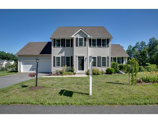 Casa Unifamiliar por un Venta en 2 Brandywine Lane Shirley, Massachusetts 01464 Estados Unidos