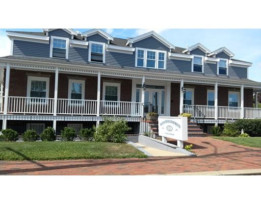 Casa Unifamiliar por un Alquiler en 30 Elm Avenue Barnstable, Massachusetts 02601 Estados Unidos
