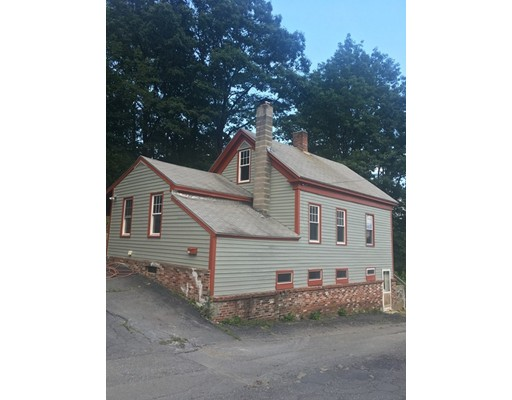 Single Family Home for Sale at 250 Woodlawn Street Clinton, Massachusetts 01510 United States