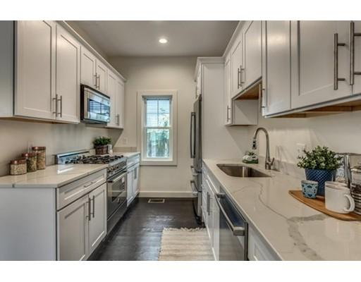共管式独立产权公寓 为 销售 在 79 Irving Somerville, 02144 美国
