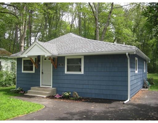 Частный односемейный дом для того Продажа на 66 Lakeshore Drive Holliston, Массачусетс 01746 Соединенные Штаты